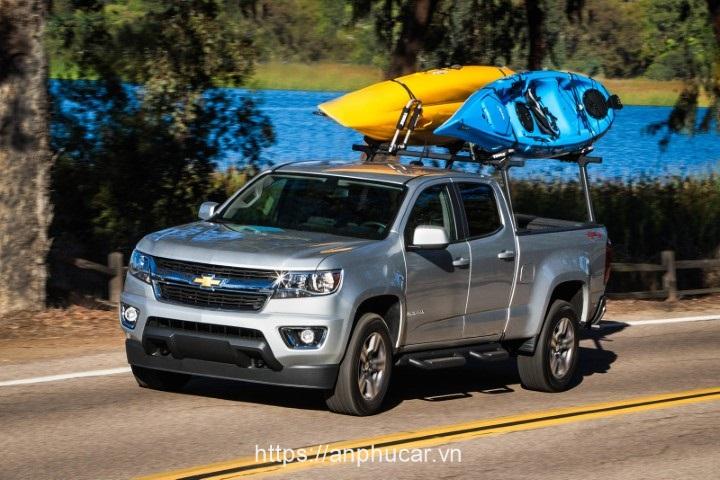Chevrolet Colorado 2020 den xe