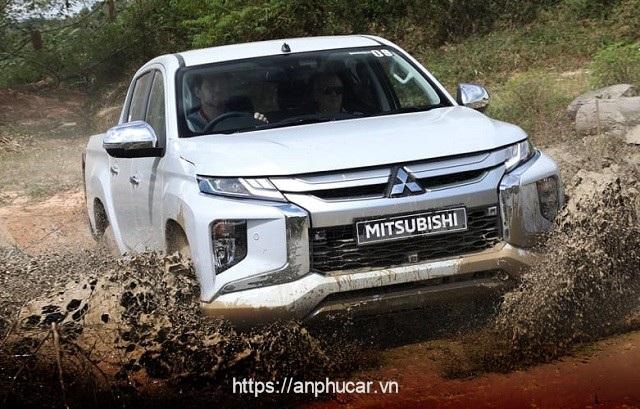 Mitsubishi Triton 2020 dau xe
