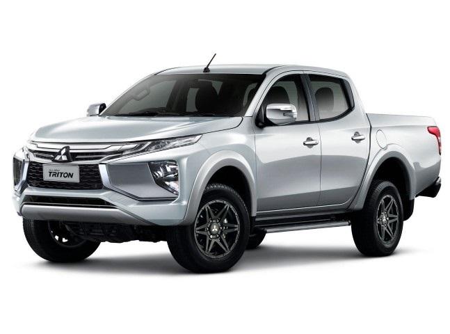 Mitsubishi Triton 2020 den xe
