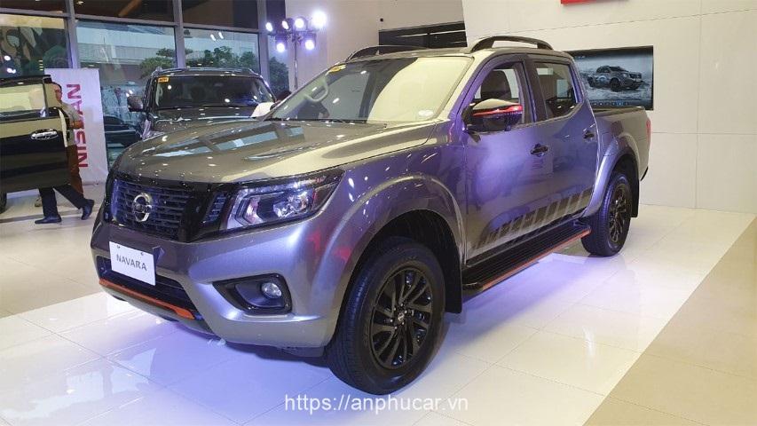 Nissan Navara 2020 dau xe