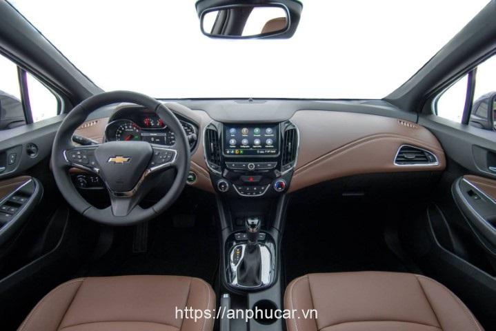 Chevrolet Cruze 2020 noi that