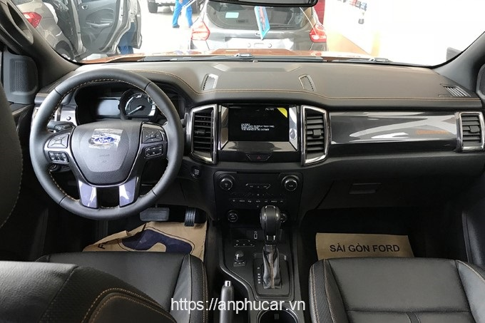 Ford Ranger Wildtrak noi that