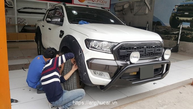lap dat can truoc ford ranger