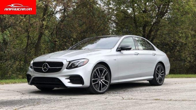 Mercedes E Class tong quan