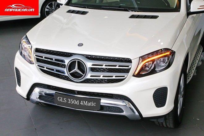 Mercedes GLS 350d den xe