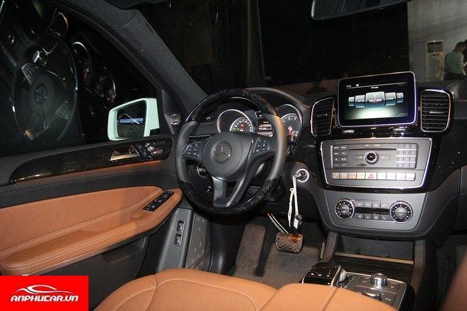 Mercedes GLS 500 noi that