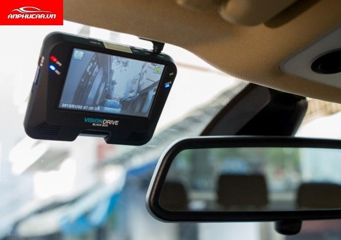 camera hanh trinh visiondrive lap dat
