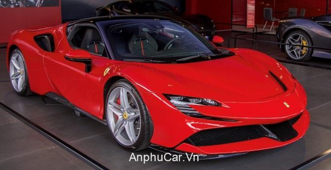 xe Ferrari FS90