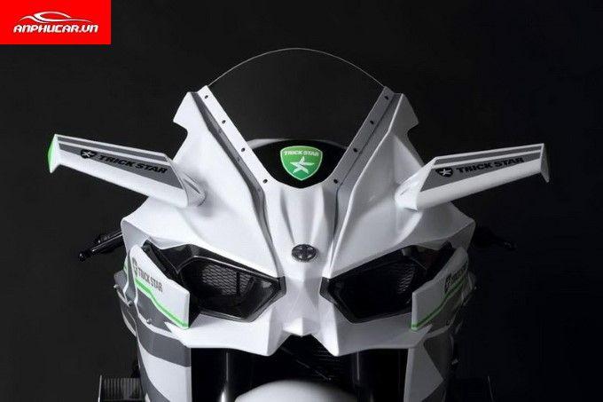 Kawasaki Ninja H2R den xe