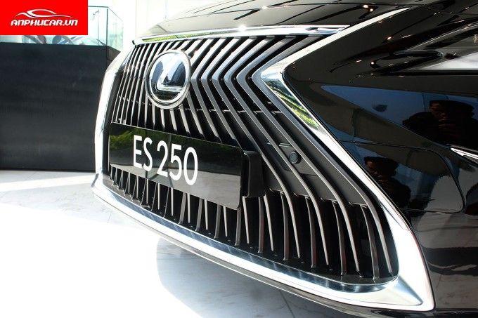 Lexus ES 250 Luoi Tan Nhiet