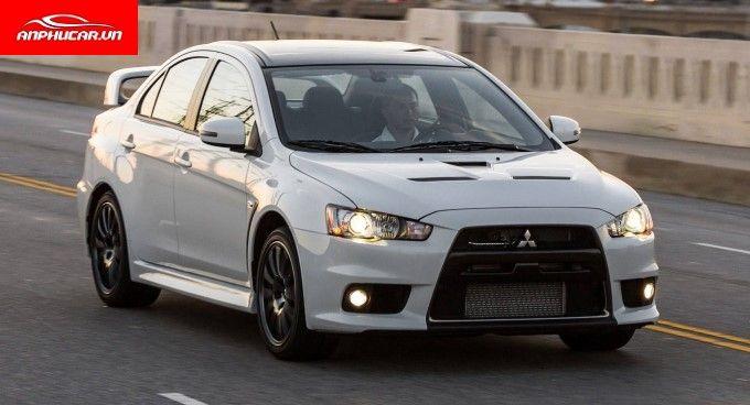 Mitsubishi Lancer Den Xe