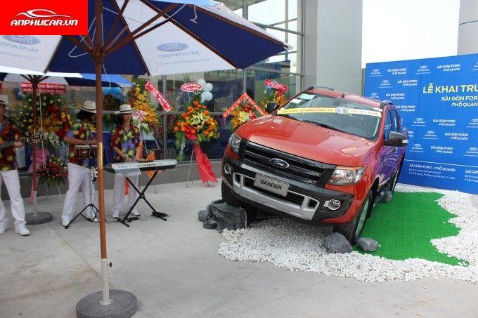 Ford Pho Quang Dich Vu