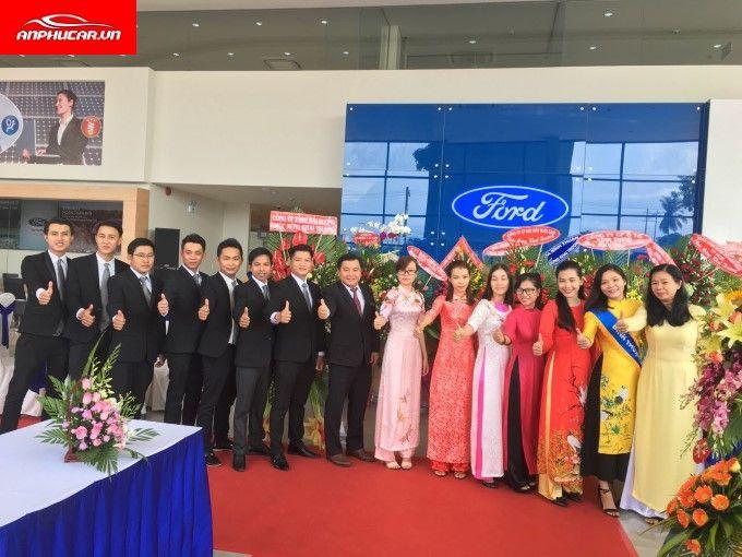 Ford Pho Quang Nhan Vien